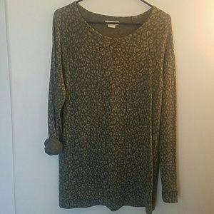 Obey long sleeve cheetah thermal